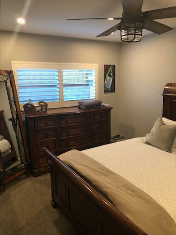 Room rental in la quinta