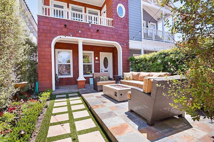 Patio with seating & firepit