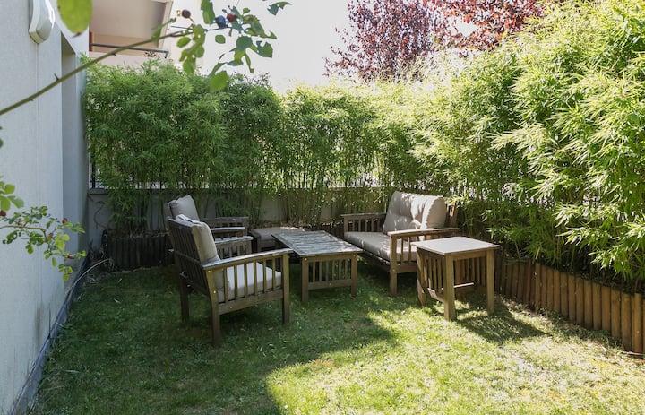 Appartement moderne 53.5 m2 proche geneve + jardin