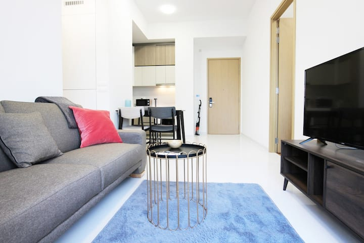 Superior 2BR Apartment in Farrer Park MRT