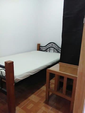 Duerme Bien Barato - Medellín, Antioquia, CO - Apartemen