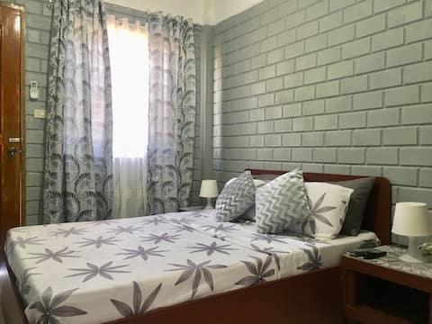 LLAGUNO CITY INN (Room No. 7)