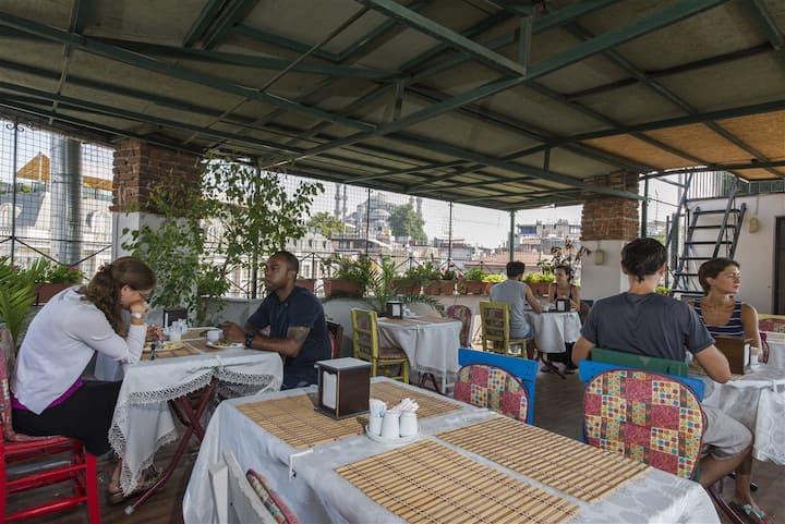 * Room Taste of Real İstanbul