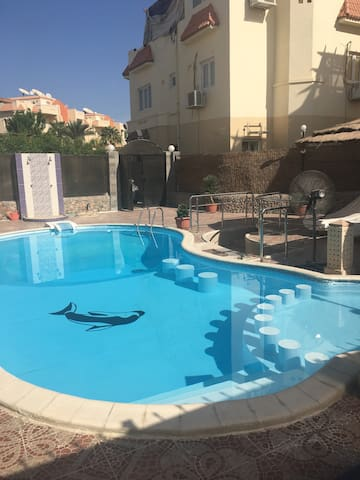 Large apartment with swimming pool. - Hurghada - Daire