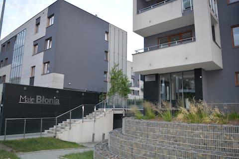 Małe Błoniaアパート/4名様専用駐車場
