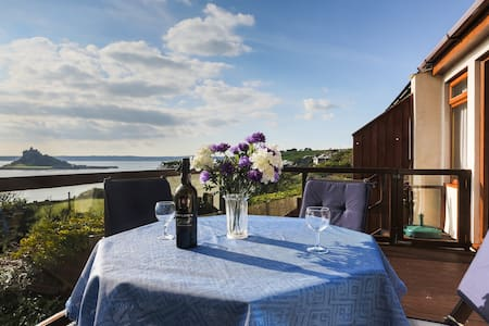 Sunny room with spectacular seaview - Marazion - 一軒家