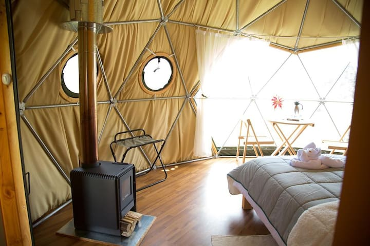 Luxurious Double Dome Pincopata Ecocamp, Meals Inc