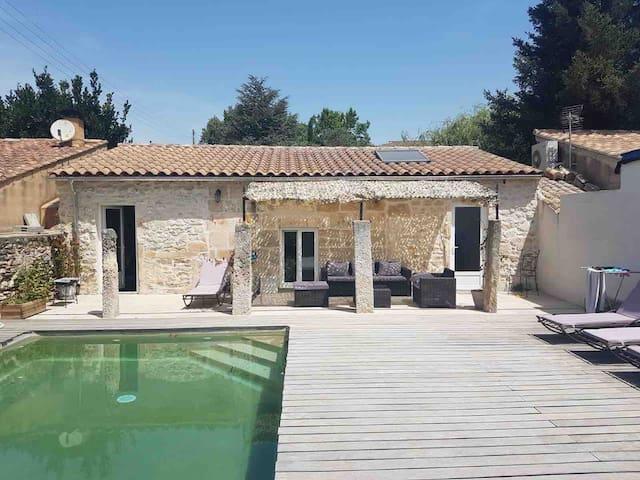 Mazet avec terrasse à Saint Rémy de Provence