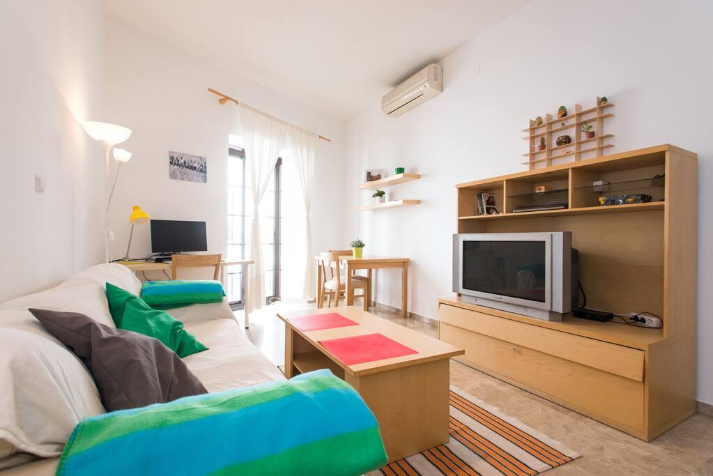 Living Room/ comedor