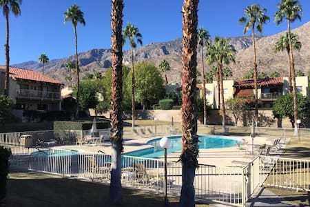 Spend Spring in Palm Springs - Condo Available - Palm Springs