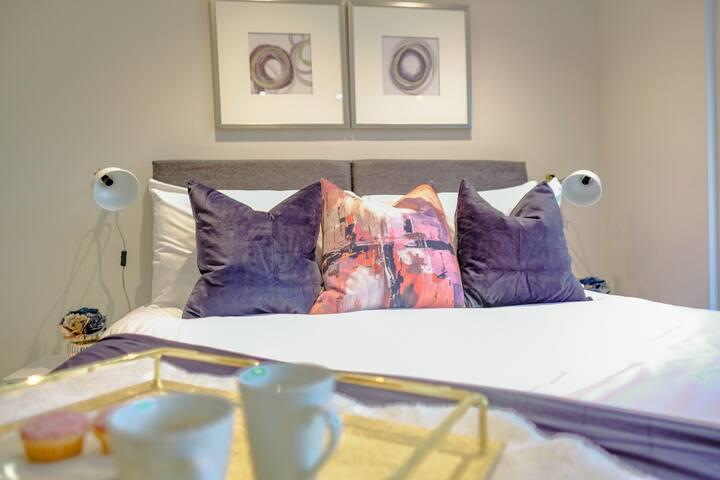 Luxury Cambridge Studio with private terrace