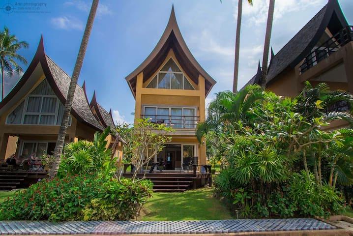 Sunrise Beach Villa - Ko Chang - Huis
