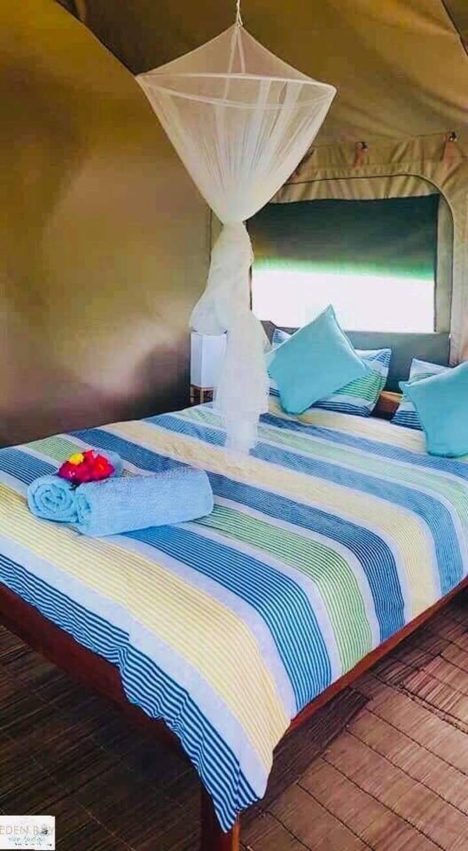 Two Sleeper en-suite unit with sea views