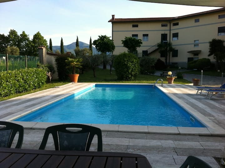 appartamento  con piscina  vicino Lago d'Iseo