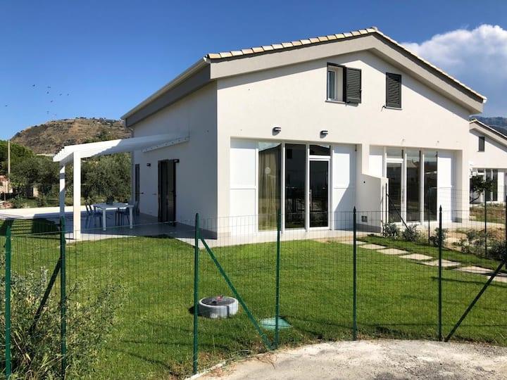 Residence Salinelle Beach Villa Panarea 3