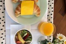 Light breakfast included