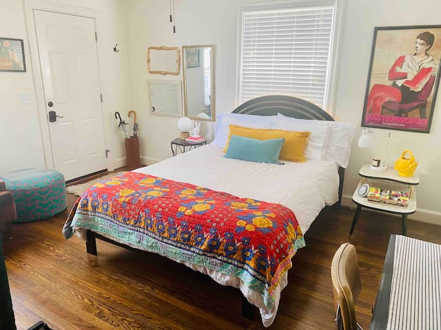 East Nash: Private 1BD/1BA w/ its own entrance!