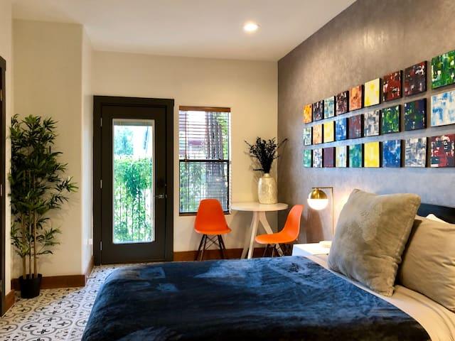 Memorial Park/Washington Ave Luxury Private Suite