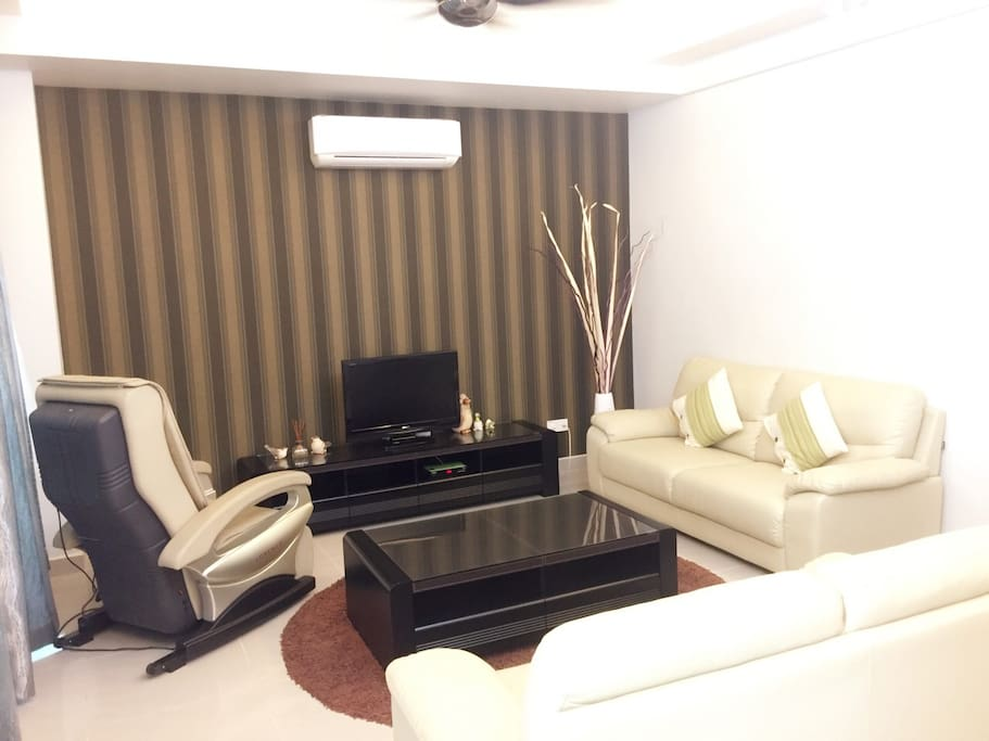 Ground Floor Living Hall  FREE Unifi WiFi, Astro & Hypp TV