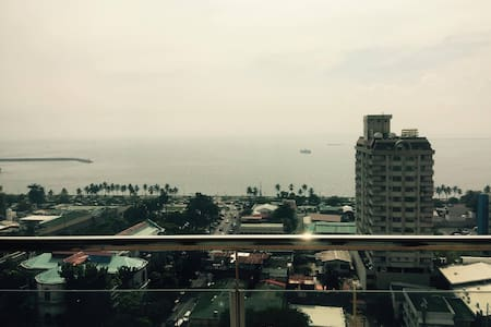 1 bedroom unit in Malate Bayview Mansion - Apartamento