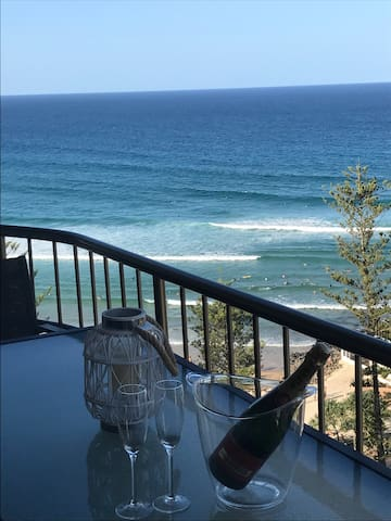Burleigh Heads 3 Bedroom Apartment - Burleigh Heads
