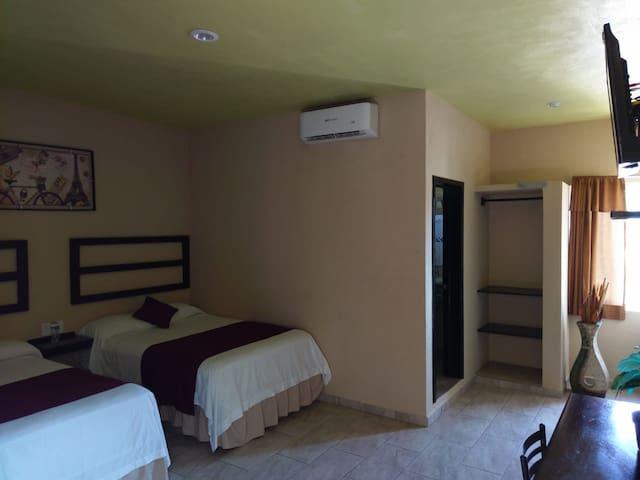 Hotel D'Ludys