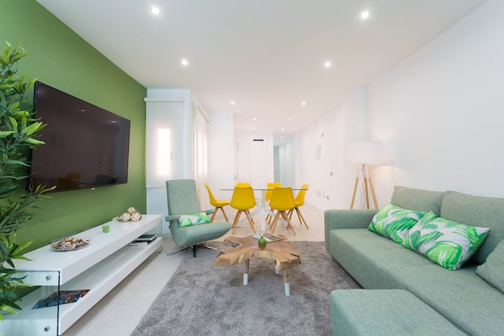 Luxury apartment in the city center (M)