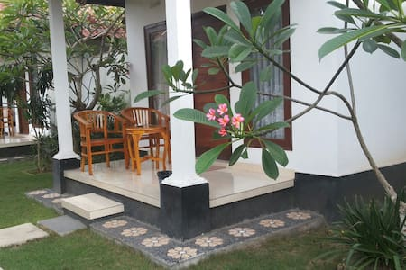 Radya confortable homestay w/fan - lembongan, klungkung