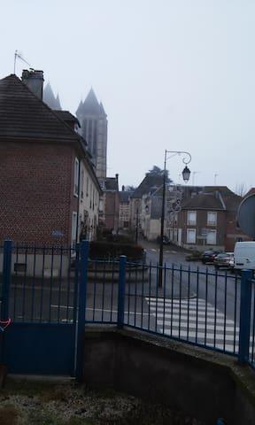 Maison de ville proche cathédrale - Noyon - Townhouse
