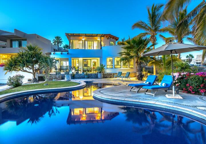 25% OFF NOV - Magnificent Ocean Views, Private Pool & Hot Tub,Steps to Sand