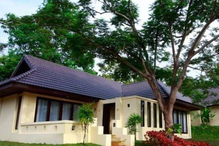 Suite for Family of 5 at Chiang Mai - Tambon Rim Nuea