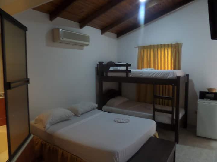 Aparta Hotel Plaza Real Norte - Familiar