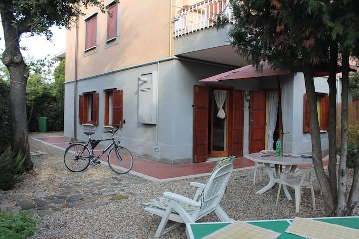 Appartamento con ampio giardino - Marina di San Nicola - Apartmen