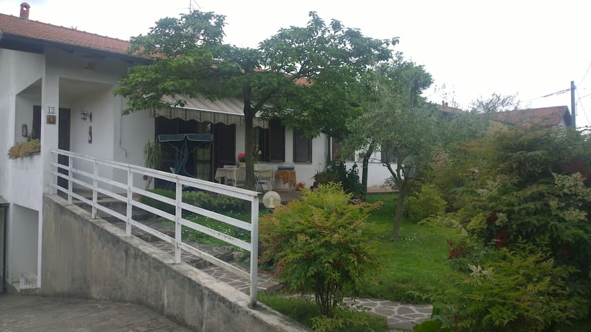 Tavernetta Malpensa - Lonate Pozzolo - House