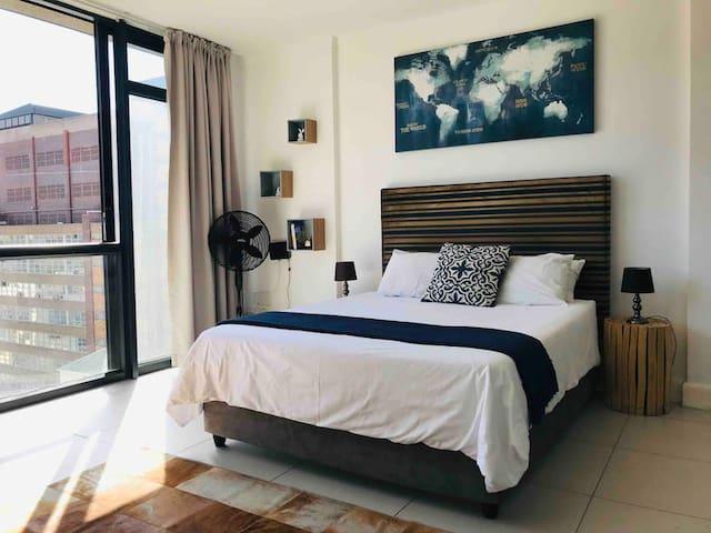 Modern Studio Apartment In Cape Town City Centre