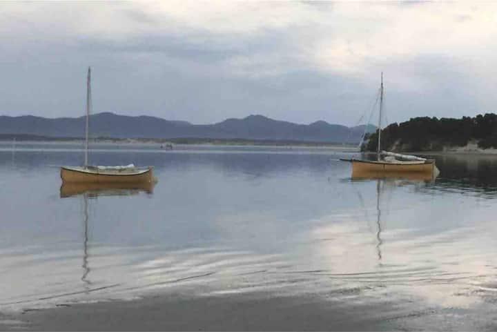 Relaxing Coastal Retreat
