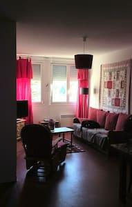appartement confortable avec piscine toute l'année - Saint-Laurent-en-Grandvaux