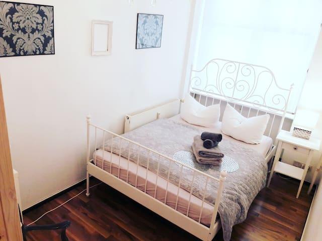 Aparte Wohnung (2 Zimmer)