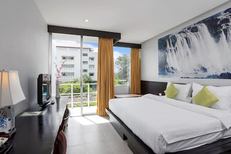 Deluxe with Breafast in Phuket Old Town - Phuket - Bed & Breakfast