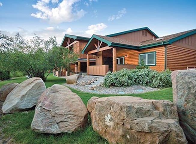 2bdm sleeps6-Estes Park -WorldMark Resort#