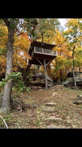 Trails End Lodge-Treehouse