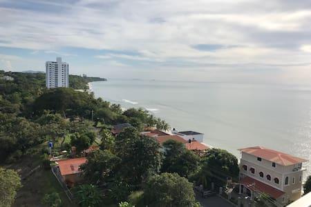 Apartamento en Playa Corona - Frente al Mar. - Anton