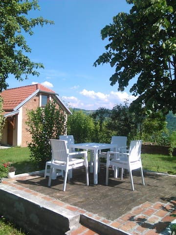 GETAWAY TO PURE NATURE IN BELANOVICA WHITE HOUSE - Belanovica