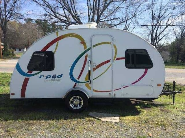 R-pod Camper for two - Statesville - Camper