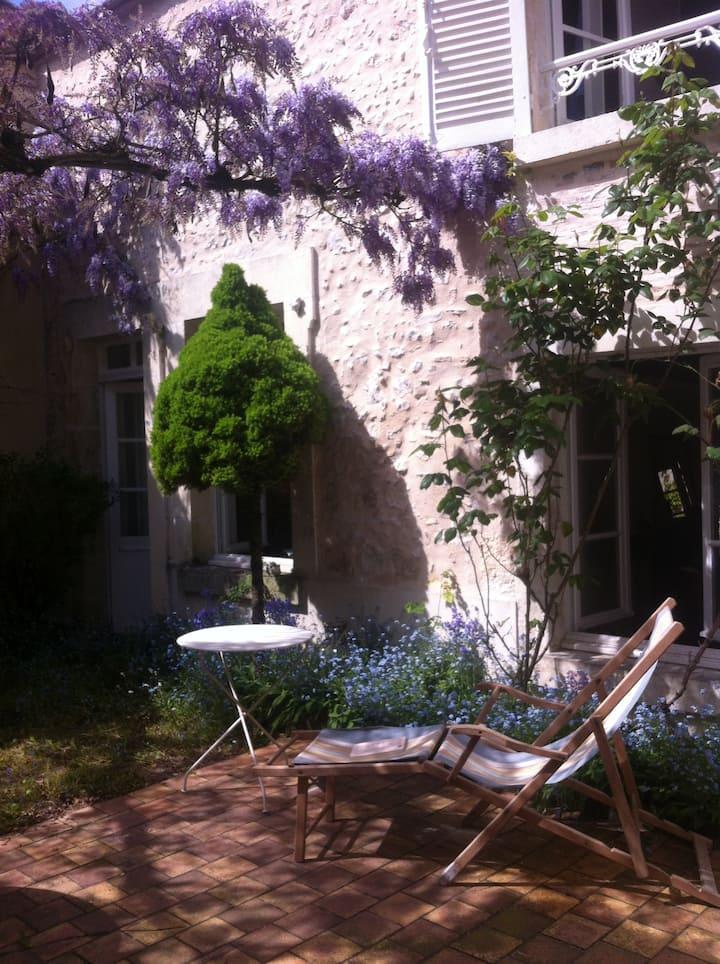 Maison ancienne au coeur du Sancerre historique