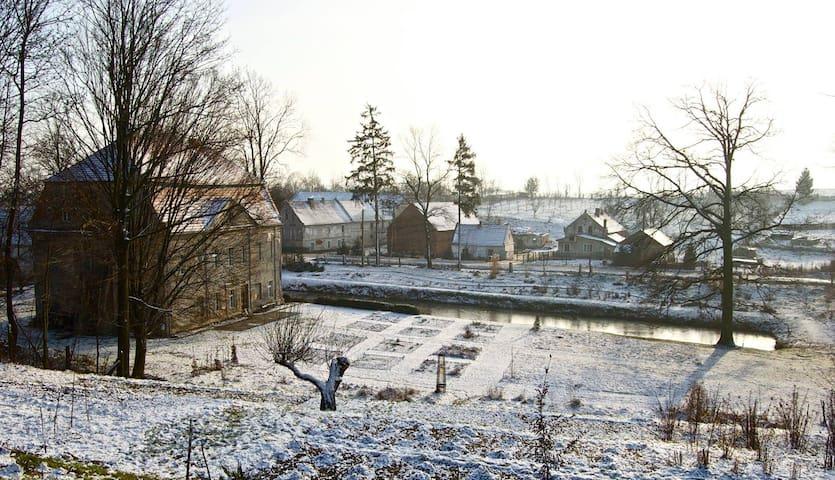 Villa Constantin - Siedlec - Bed & Breakfast