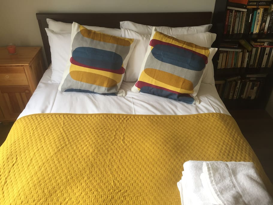 Brand new bedding. All linen hotel quality for each guest