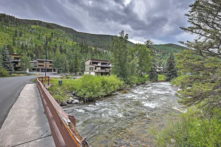 3BR Vail Townhome w/Private Hot Tub!