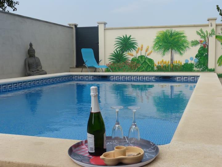 Maison avec piscine à 5 mn d'Empuriabrava /WIFI