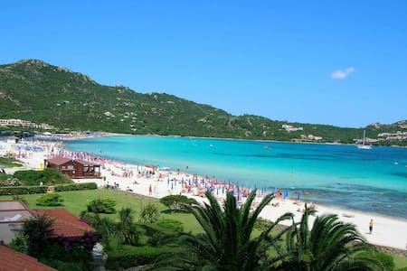 Spettacolare pentavano sulla spiaggia - Marinella - Lägenhet